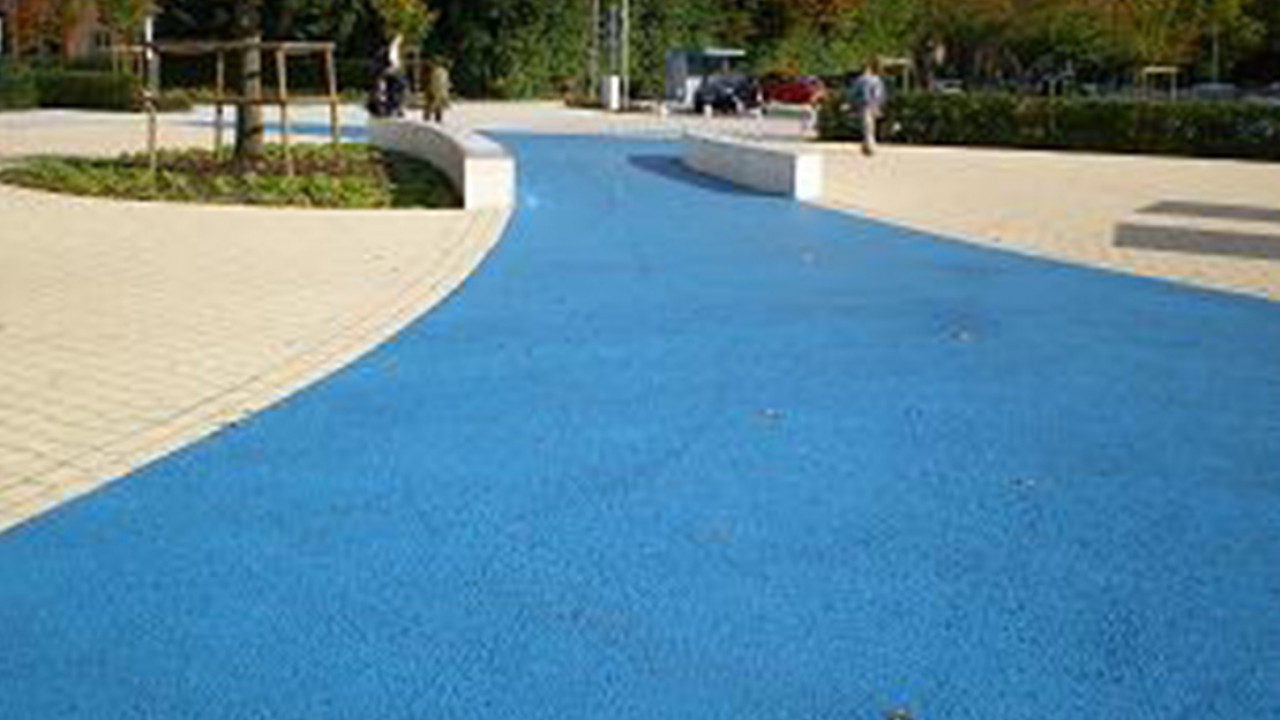 BASF Colors and Effects Xfast applications Asphalt coatings Teaser image