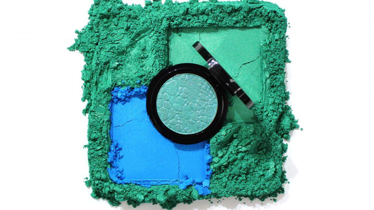 Cellini green blue with eyeshadow