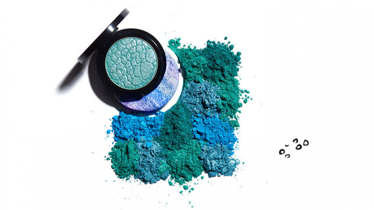 Colors and Effects CCT2021 22 Beast Dino Print Eyeshadow Blue Sapphire
